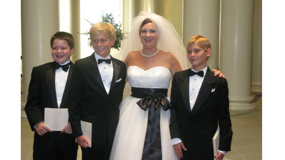 the bride and her new nephews