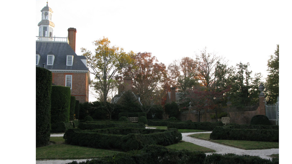 gardens at the Governor's Palace