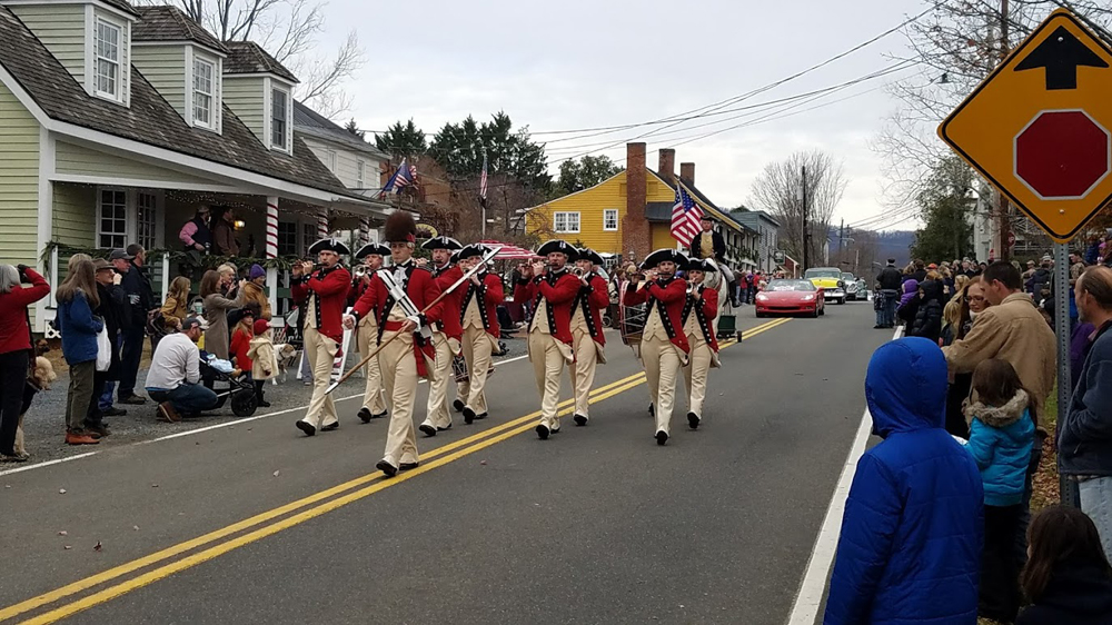 fifes and drums open the parade