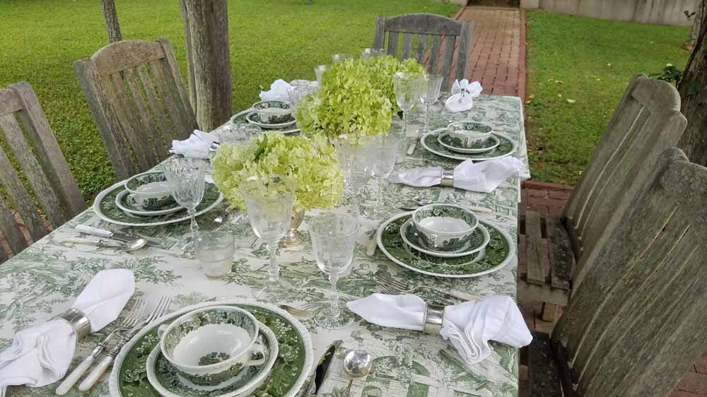 a green dinner on the 4th